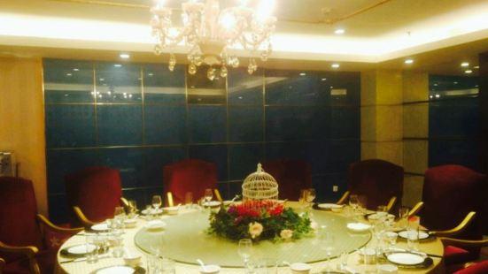 辰茂伊力特酒店