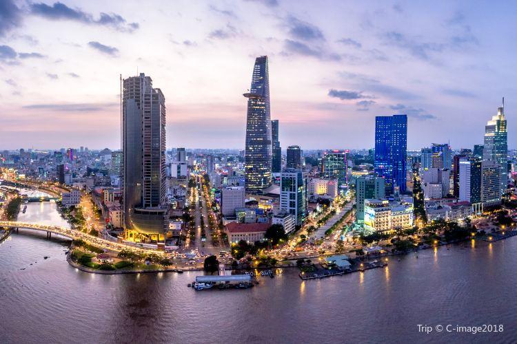 Saigon River4