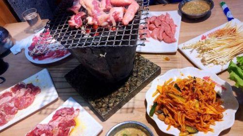 阿里郎原始泥爐烤肉