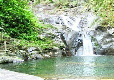 Qianjiadong Daposhui Waterfall