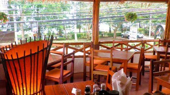COCONUT Bar & Restaurant - Rawai Beach
