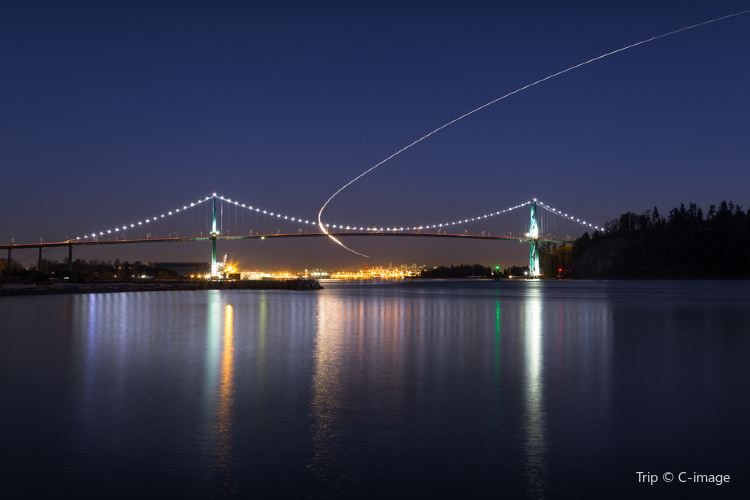 Lions Gate Bridge4