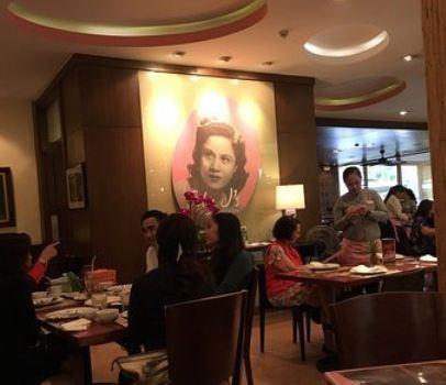 Fely J's Restaurant1