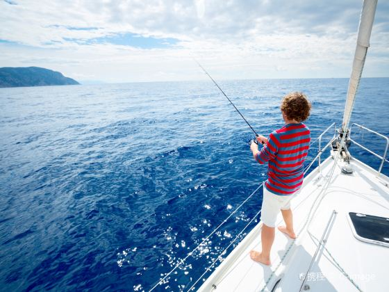 Great Barrier Reef Angling