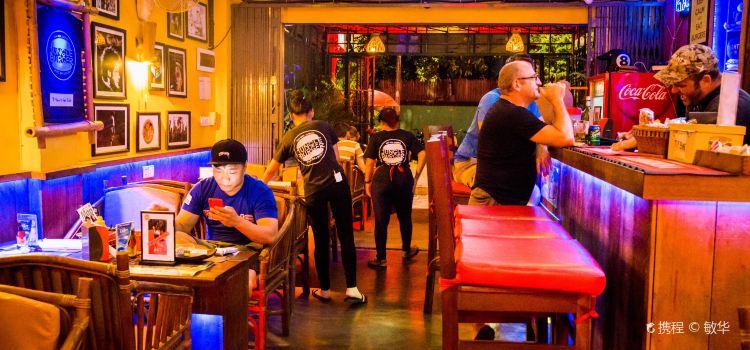Jungle Burger Sports Bar & Bistro