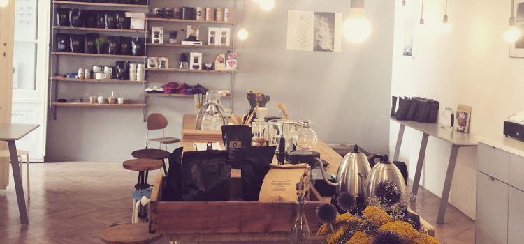 Fekete Kávézó - espresso, brew and food2