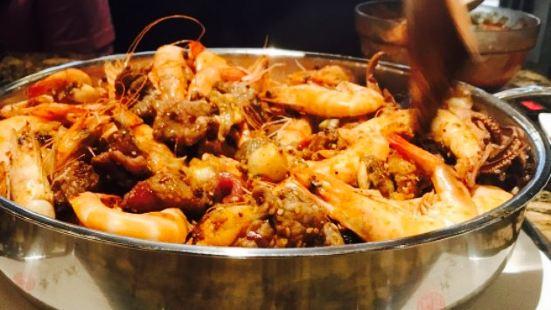 黃記煌三汁燜鍋(萬達店)