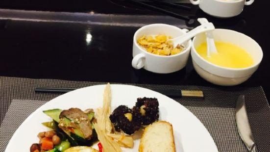 京康國際酒店牛排自助餐