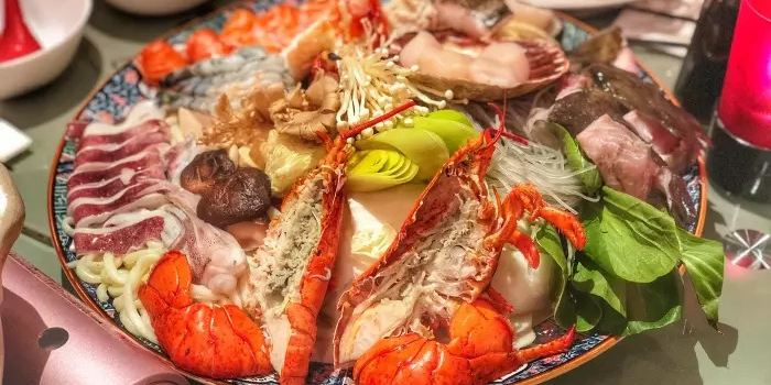 Japanese Dining Sato1