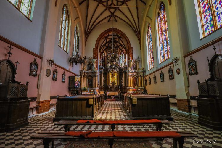 St. Anne's Church4