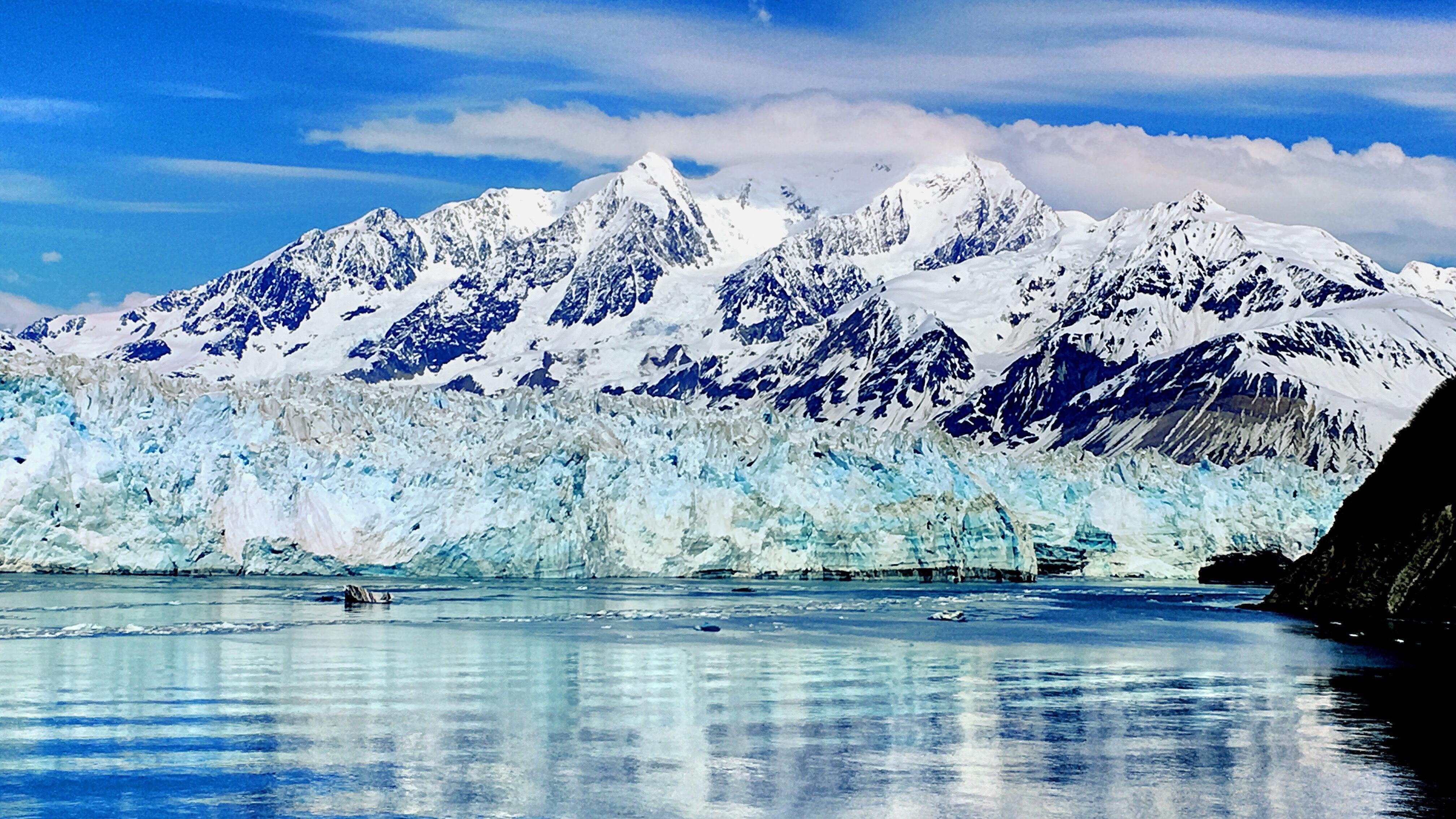 哈伯德冰川