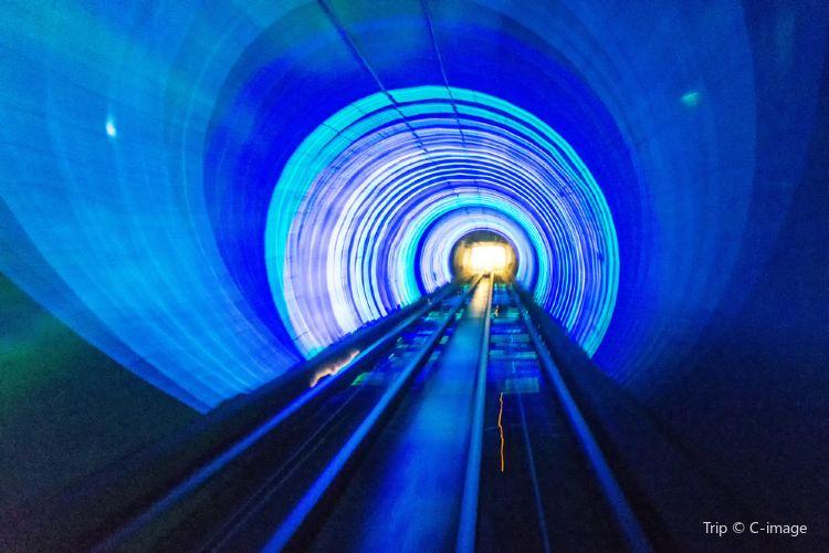 Bund Sightseeing Tunnel2