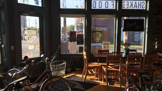 Broomwagon Coffee and Bikes