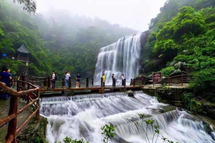 Huang Manzhai Waterfall2