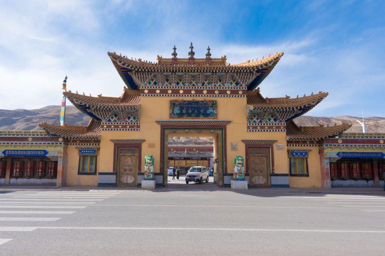 Longwu Temple4