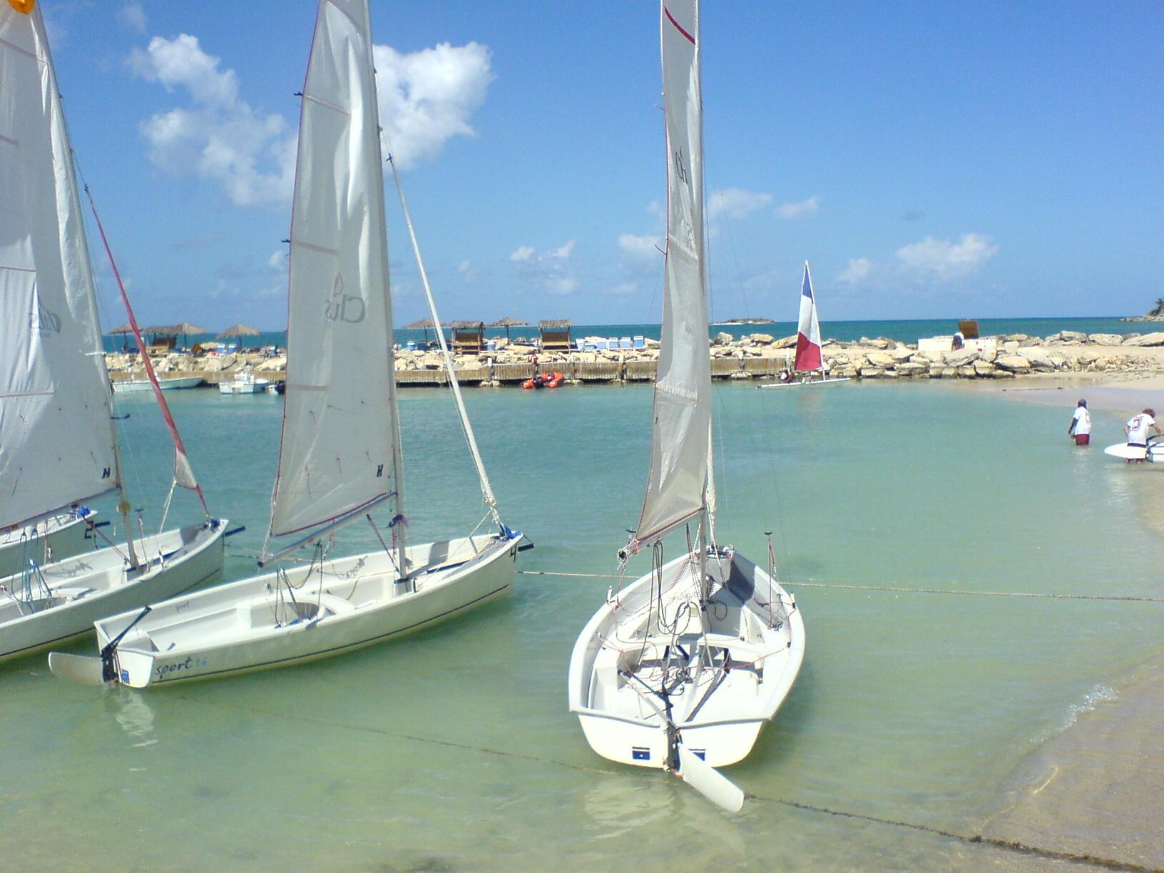 Seasports Antigua & Sneaky Pete's