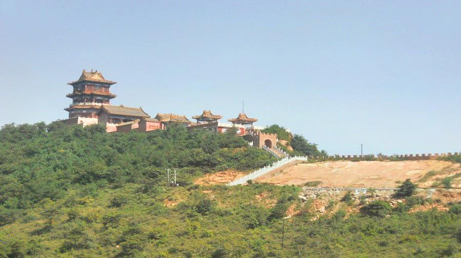 Qinglong Mountain