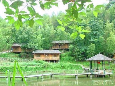 明駿九曲度假村