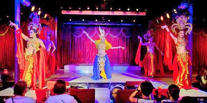 Cabaret Paris Follies