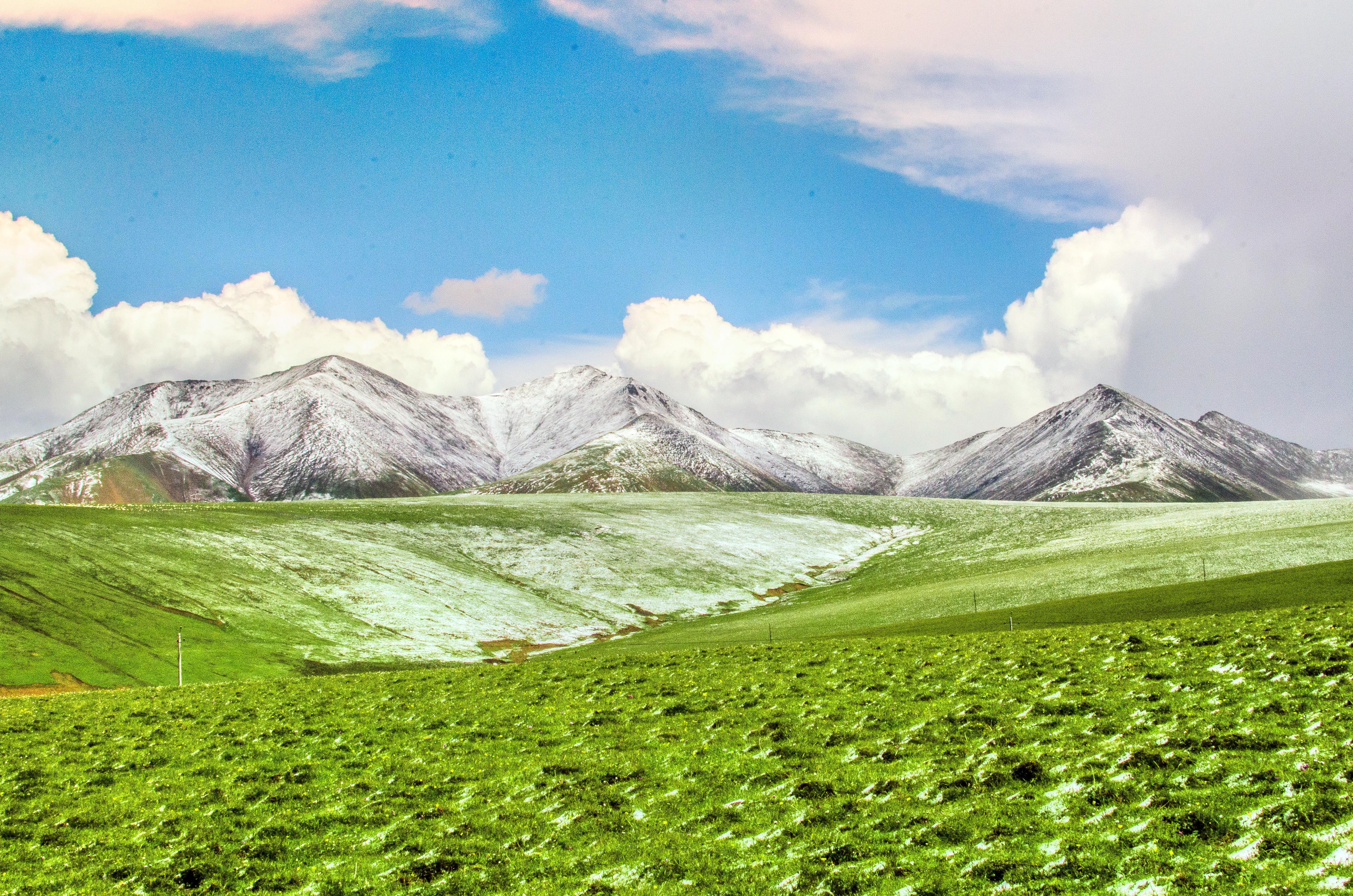 崗什卡雪峰