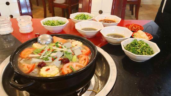 花水灣紅太陽牛肉湯鍋