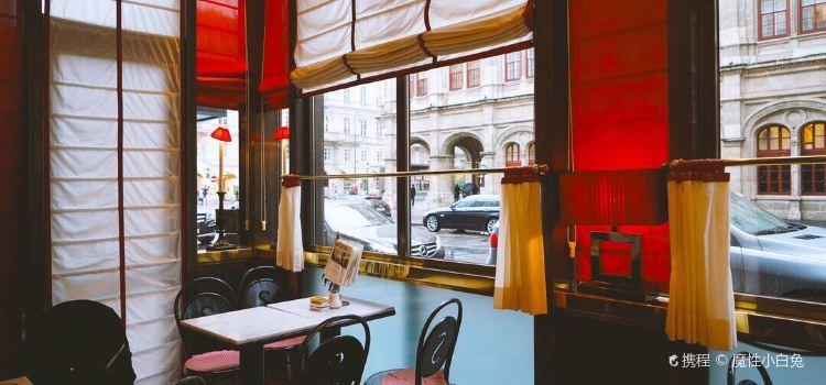 Cafe Sacher Wien2