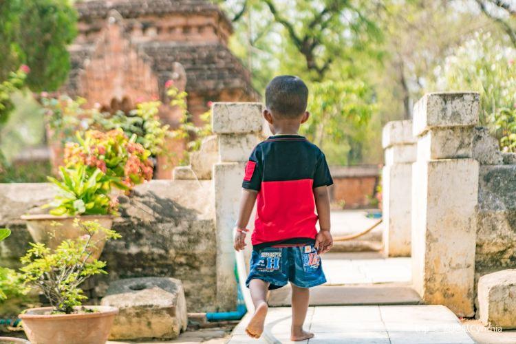 Nanpaya Temple3