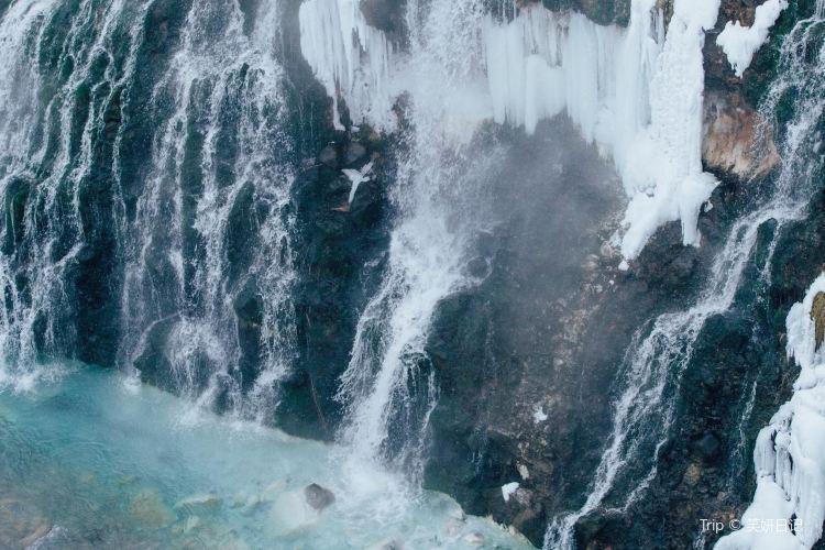 白ひげの滝3
