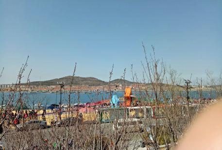 Longhu Water Amusement Park