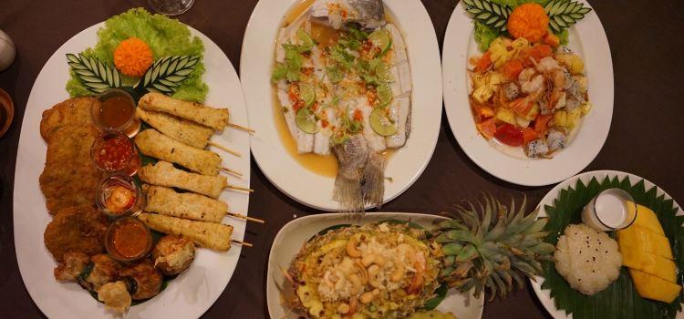 Sawasdee Village Restaurant2