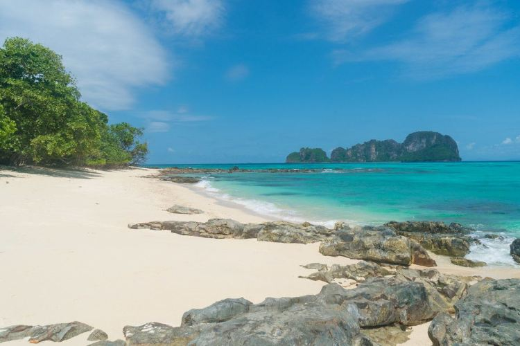 Ko Mai Phai Island4