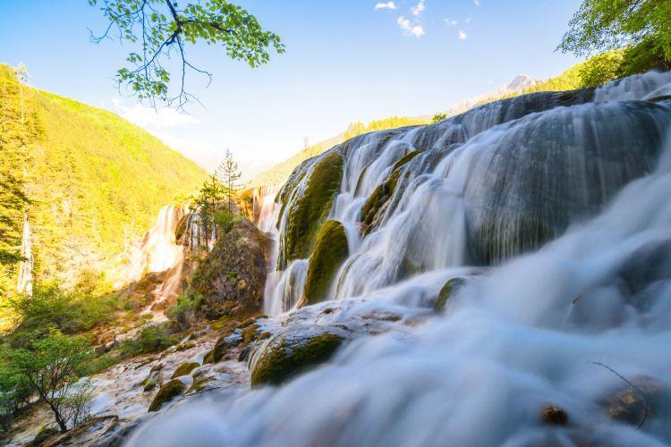 Zhenzhutan Waterfall4