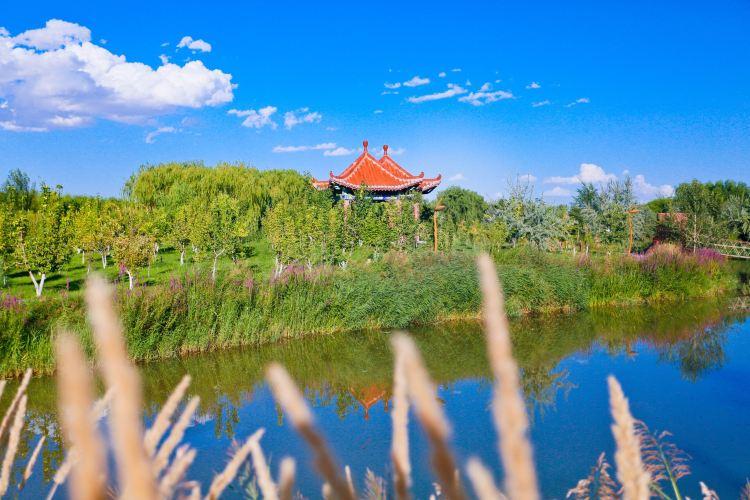 Dahu Bay Scenic Resort of Gaotai2