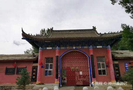 巴里坤地藏寺仙姑廟景區