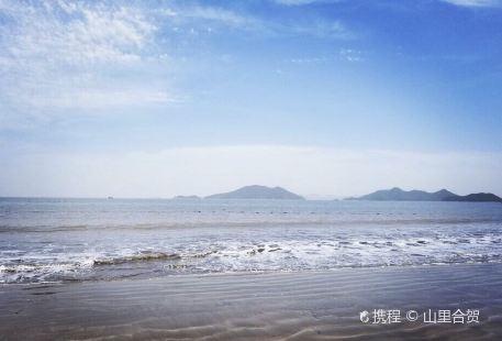 Dongqian Lake Wind and Sunshine Beach
