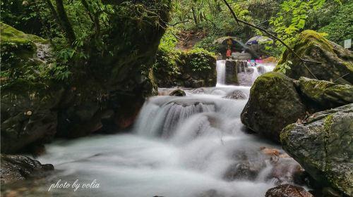 Xiling Xueshan Dafeishui Scenic Area