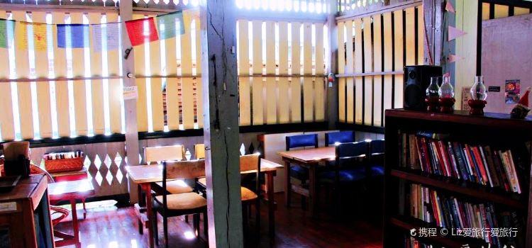 Birds Nest Cafe2