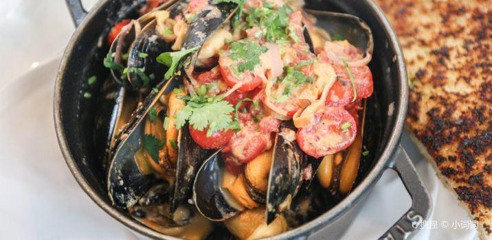 Joe Fortes Seafood & Chop House1