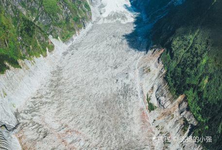 海螺溝二號營地冰川溫泉