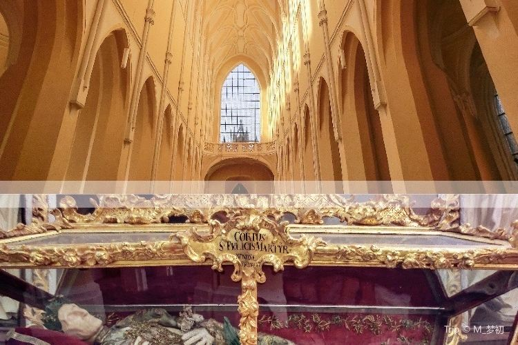 Kostel Nanebevzeti Panny Marie4