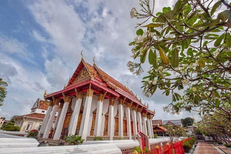 Wat Hat Yai Nai4