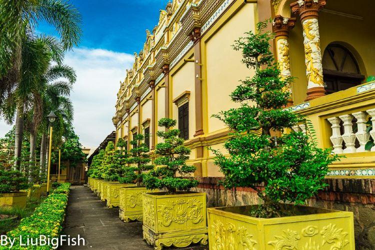 Vinh Trang Pagoda1