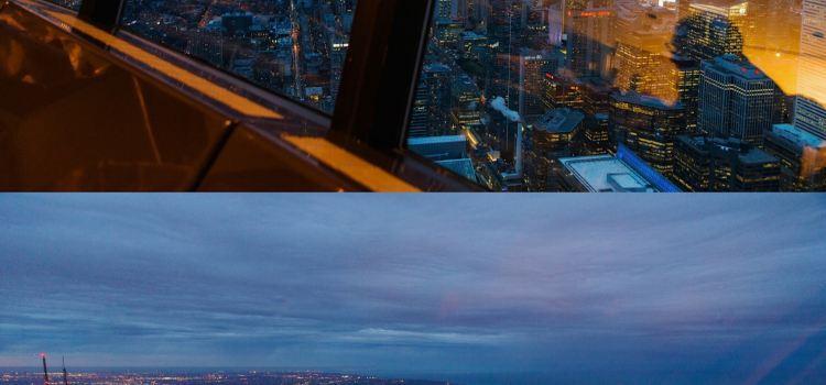 加拿大國家電視塔360度旋轉餐廳2