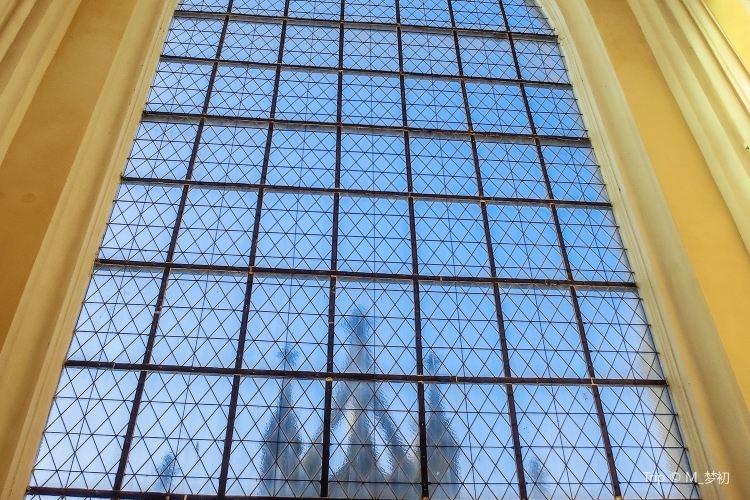 Kostel Nanebevzeti Panny Marie3