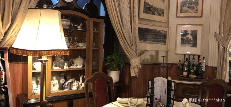 Kacsa Restaurant1