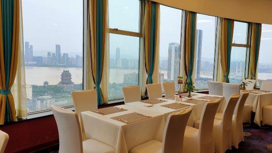 東方豪景花園酒店·旋轉自助餐廳