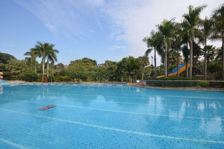 Xinyinzhan Hot Spring Holiday Resort4