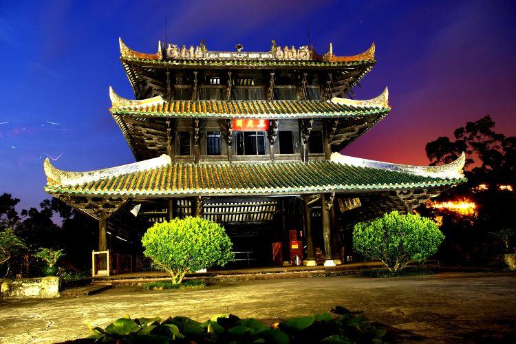 Rongzhou Ancient City2