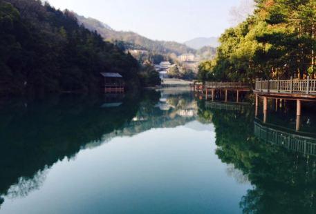 洪崖丹井景區