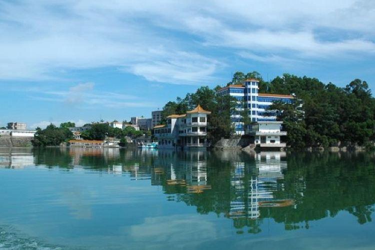 Yuhu Scenic Area4